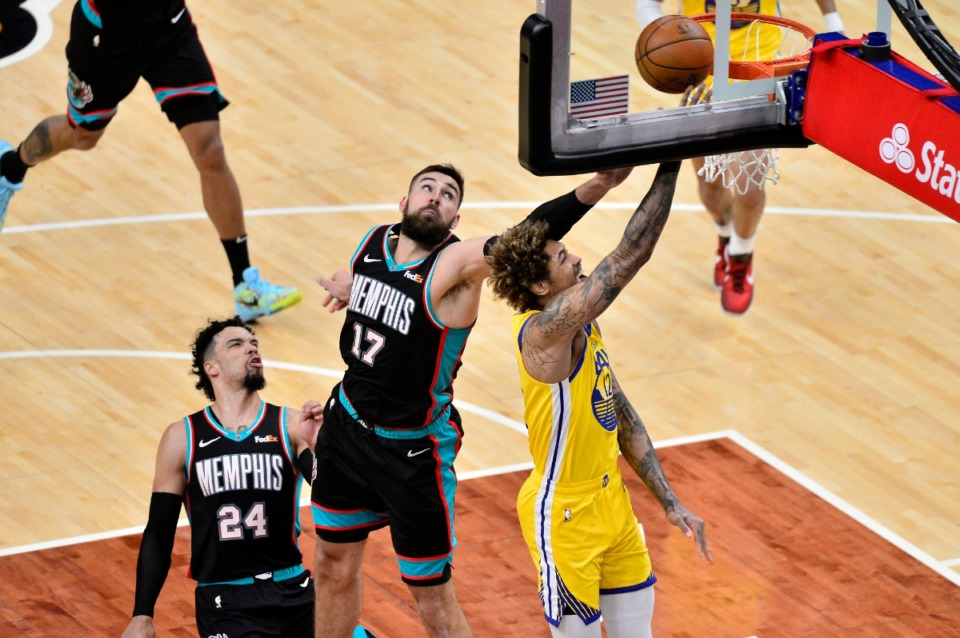 <strong>Dillon Brooks (24) reacts as Memphis Grizzlies center Jonas Valanciunas (17) blocks a shot by Golden State Warriors guard Kelly Oubre Jr. (12) in the second half of an NBA basketball game Saturday, March 20, 2021, at FedExForum.</strong> (Brandon Dill/AP)
