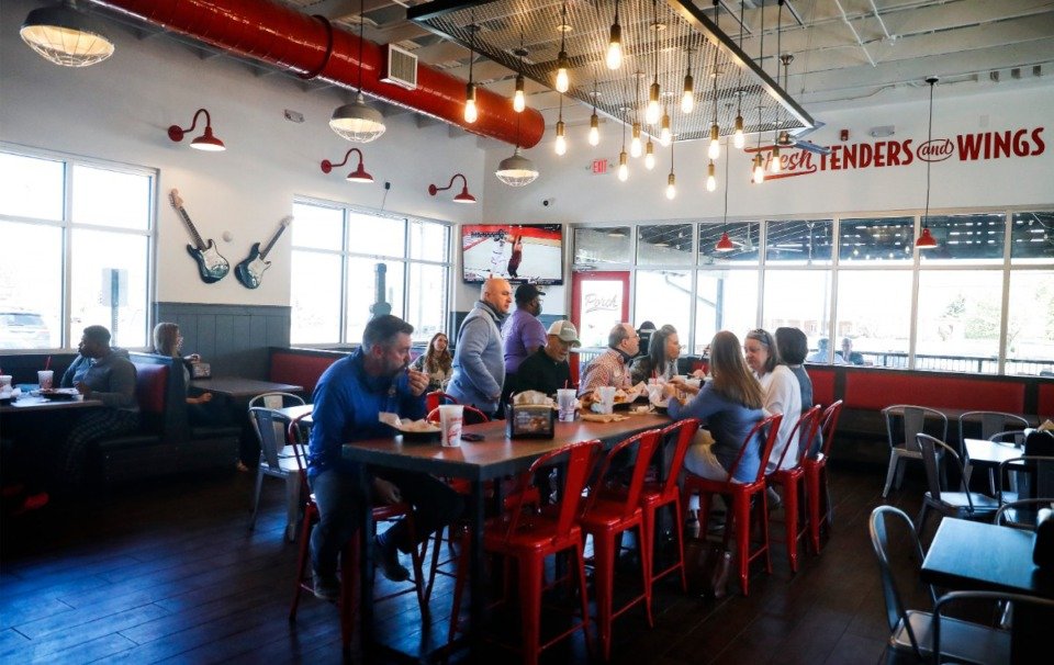 <strong>Customers dine at the Slim Chickens restaurant on Friday, March 26, in Collierville.</strong> (Mark Weber/The Daily Memphian)