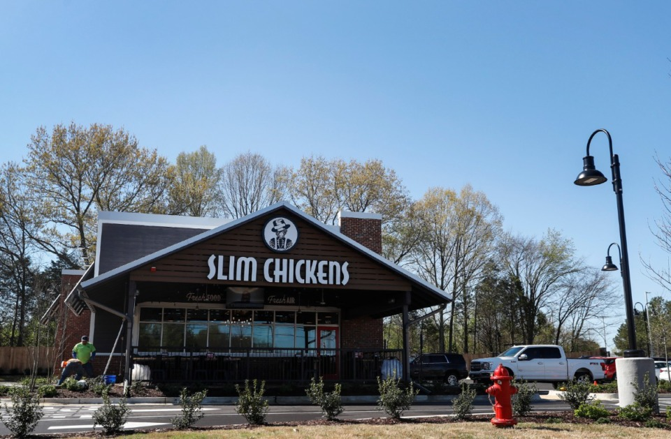 <strong>The new Slim Chickens restaurant stands ready on Friday, March 26, on Poplar Avenue in Collierville.</strong> (Mark Weber/The Daily Memphian)