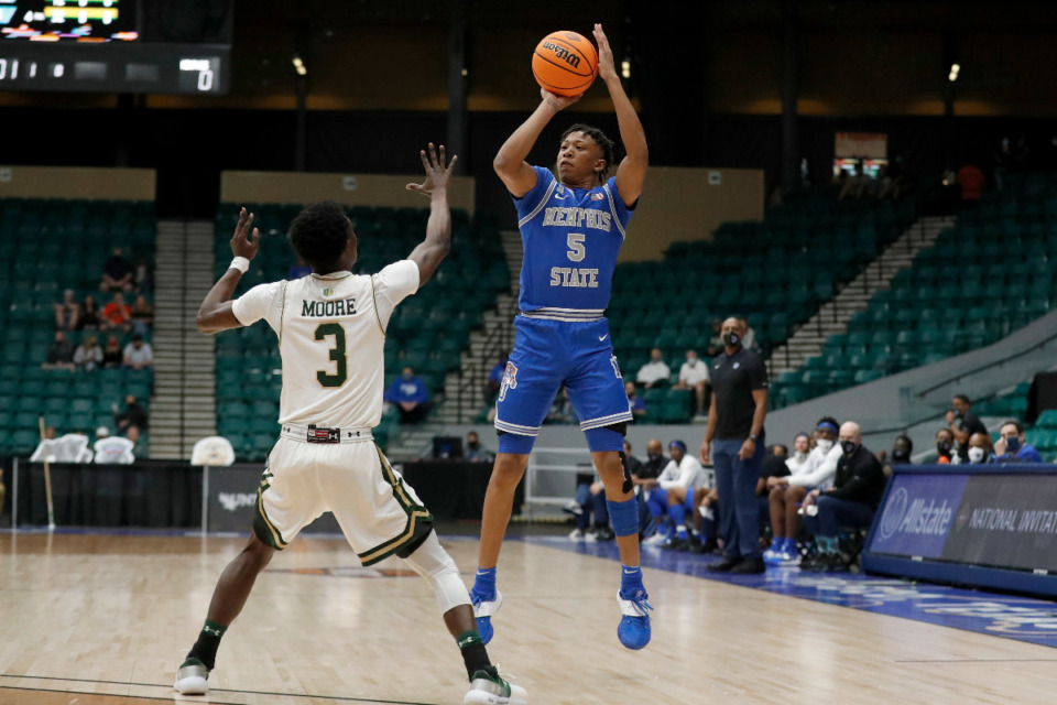<strong>Memphis guard Boogie Ellis shoots against Colorado State in the NIT semifinals Saturday, March 27, in Frisco, Texas.</strong> (Photo courtesy of the NCAA)