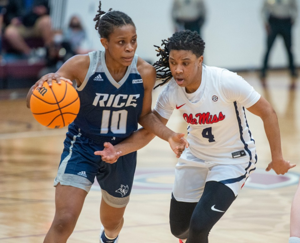 <strong>Ole Miss guard Valerie Nesbitt (4) defends Rice guard Jasmine Smith (10) Sunday, March 28, 2021 in Collierville.</strong> (Greg Campbell/Special for The Daily Memphian)