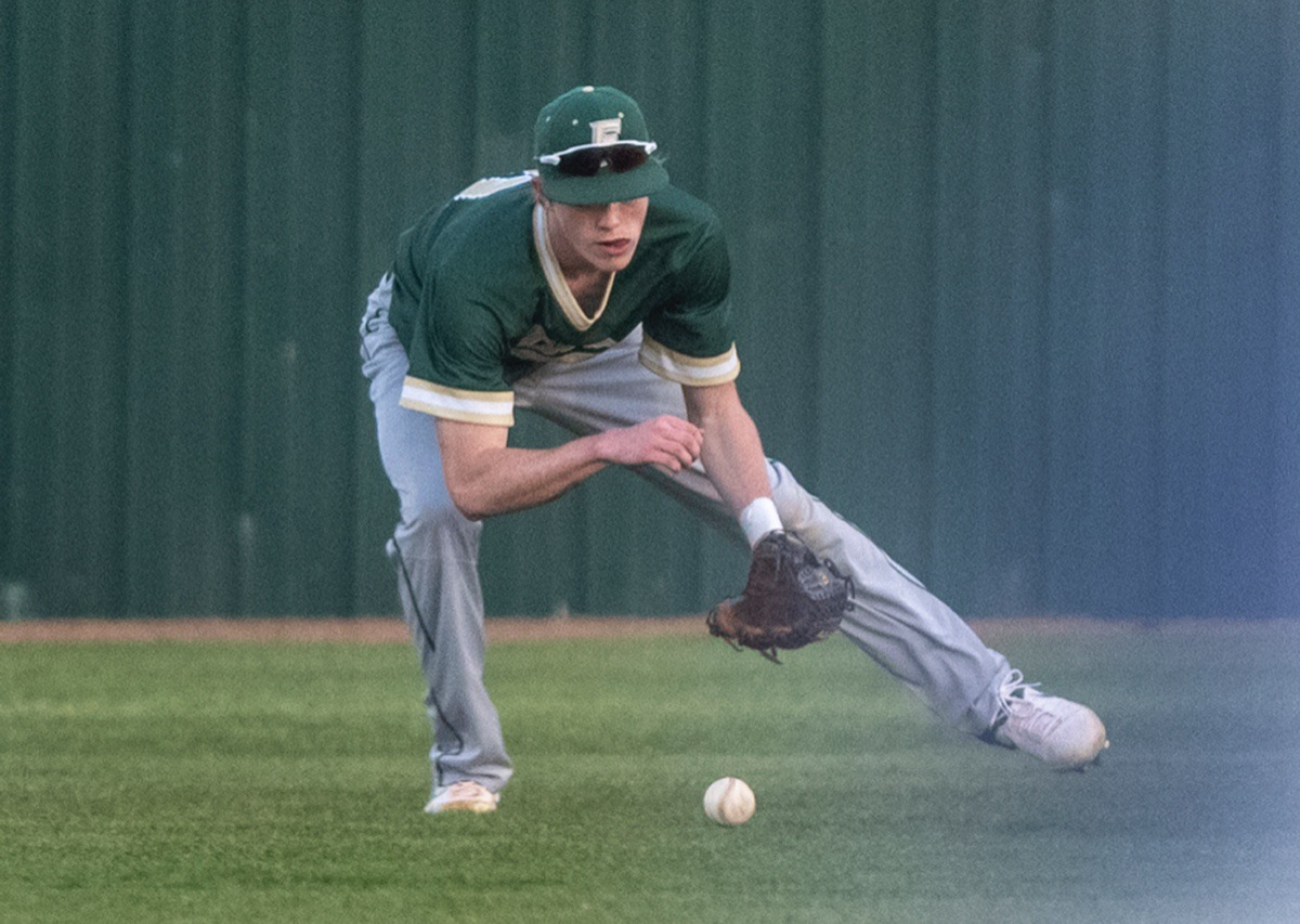 <strong>FACS right fielder Sam Thomas fields a hit by Northpoint Monday in Southaven.</strong> (Greg Campbell/Special to The Daily Memphian)
