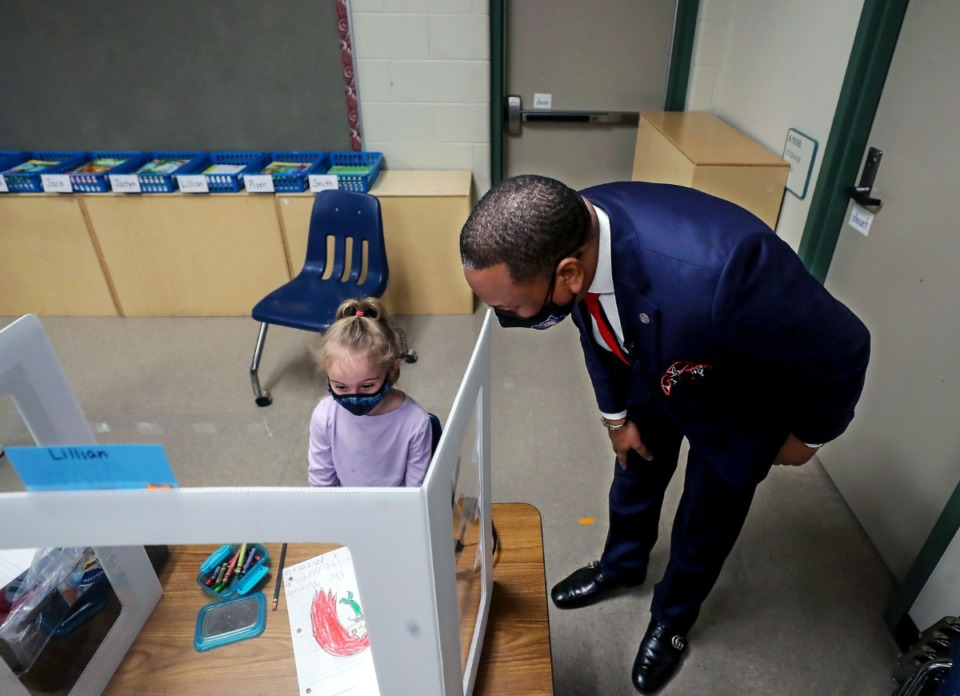 <strong>SCS Superintendent Joris Ray (shown with a kindergartner at Riverwood Elementary on March 1) expressed his support for the Memphis Teacher Residency&rsquo;s literacy efforts. &ldquo;The complexity of reading instruction and the scope of our city&rsquo;s literacy need demands that there be broad, community-based efforts working together,&rdquo; Ray said.</strong>&nbsp;(Patrick Lantrip/Daily Memphian)