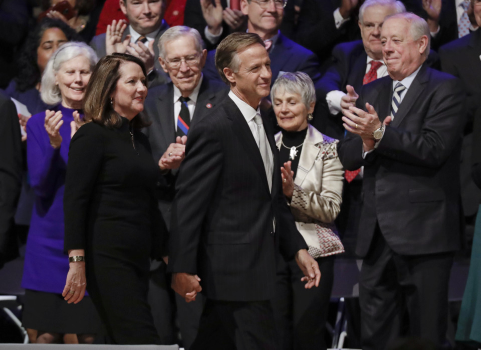 <strong>Tennessee Gov. Bill Haslam and his wife, Crissy Haslam, walk onto the stage for the inauguration of Gov.-elect Bill Lee in War Memorial Auditorium Saturday, Jan. 19, 2019, in Nashville, Tenn.</strong> (AP Photo/Mark Humphrey)