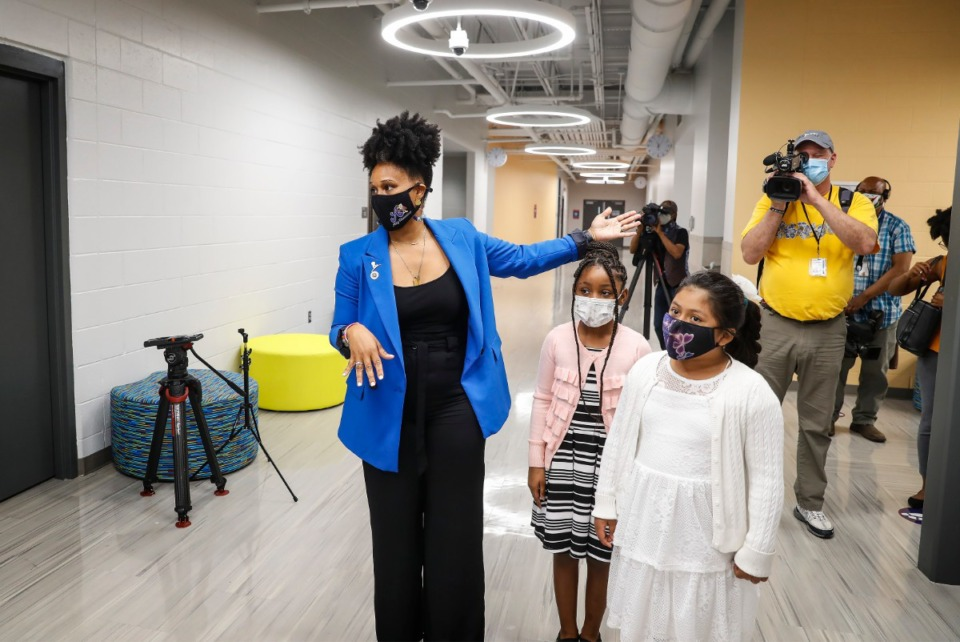 <strong>Alcy Elementary School Principal Laquita Tate leads a tour of the new school building.</strong> (Mark Weber/Daily Memphian)