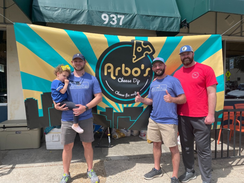 <strong>Andrew Arbogast (second from right) had friends to help him sell Arbo&rsquo;s cheese dip at a pop-up last week.</strong> (Jennifer Biggs/Daily Memphian)