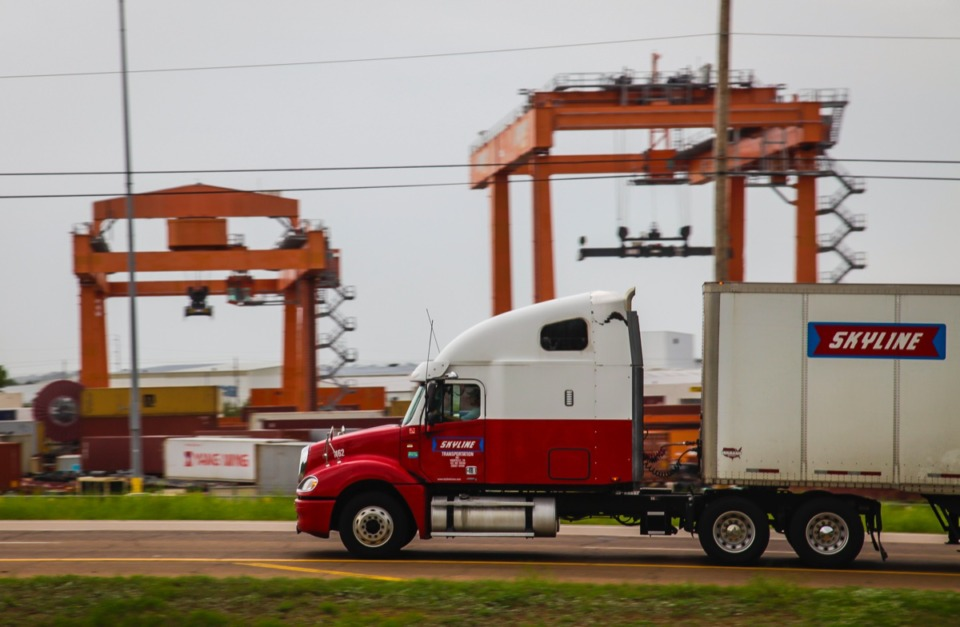 <strong>One proposal was &ldquo;Fast Track&rdquo; PILOTs for companies that develop near Memphis International Airport or along the Lamar Avenue freight corridor, where the BNSF Intermodal facility operates.</strong> (Lance Murphey/Daily Memphian file)