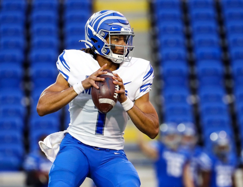 <strong>University of Memphis quarterback Peter Parrish (1) passes during the Tigers&rsquo; spring game at the Liberty Bowl on April 16, 2021.</strong> (Patrick Lantrip/Daily Memphian)