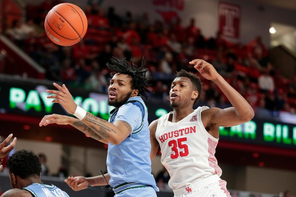 <strong>&ldquo;The city means so much to me,&rdquo; said K.J. Lawson, seen here playing for Tulane in 2020. &ldquo;It means a lot to Memphis kids. People will never understand if you&rsquo;re not from here what it means to put on that jersey and play in that FedExForum after all the greats that came before you.&rdquo;</strong> (Michael Wyke/AP file)