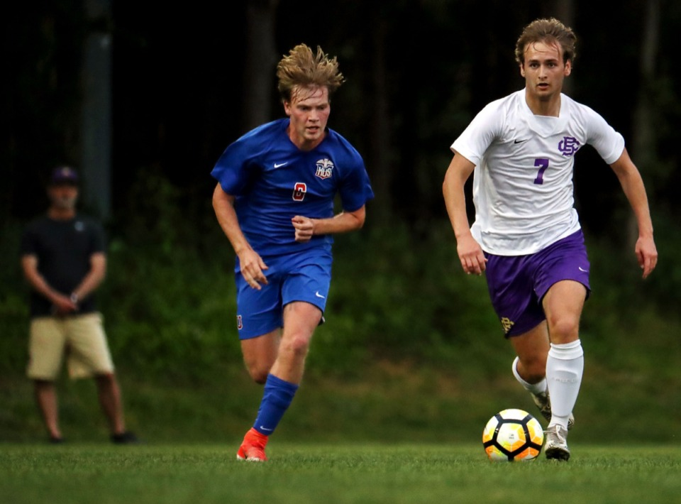 <strong>CBHS' Taylor Gruber (7) brings the ball up the pitch during the April 27 game against MUS.</strong> (Patrick Lantrip/Daily Memphian)