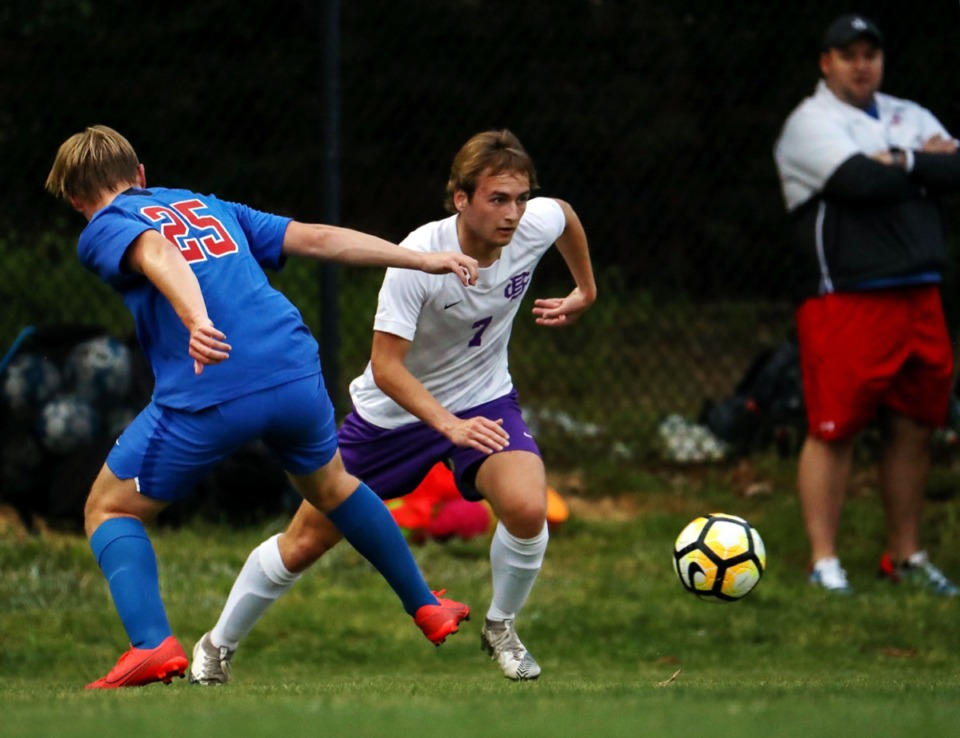 <strong>CBHS' Taylor Gruber (7) tries to get around a defender during the April 27 game against MUS.</strong> (Patrick Lantrip/Daily Memphian)