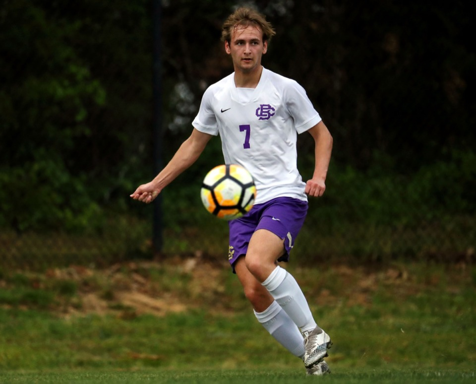 <strong>CBHS' Taylor Gruber (7) passes the ball during the April 27 game against MUS.</strong> (Patrick Lantrip/Daily Memphian)