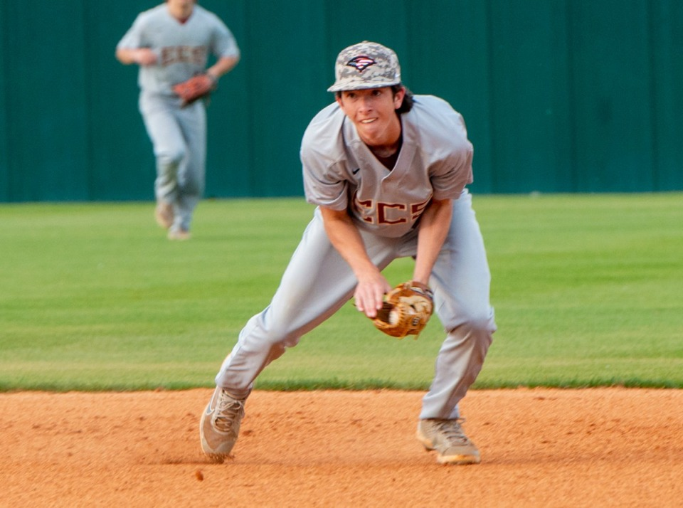<strong>ECS second baseman Carson Todd grabs a grounder for a quick out in Friday's game against Collierville High School.</strong> (Greg Campbell/Special to The Daily Memphian)