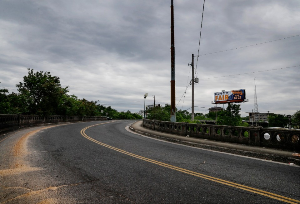 <strong>Residents of Binghampton and the Binghampton Development Corp. are seeking to overturn a decision from TDOT and city of Memphis to close off Scott Street from Poplar Avenue.</strong> (Mark Weber/Daily Memphian)