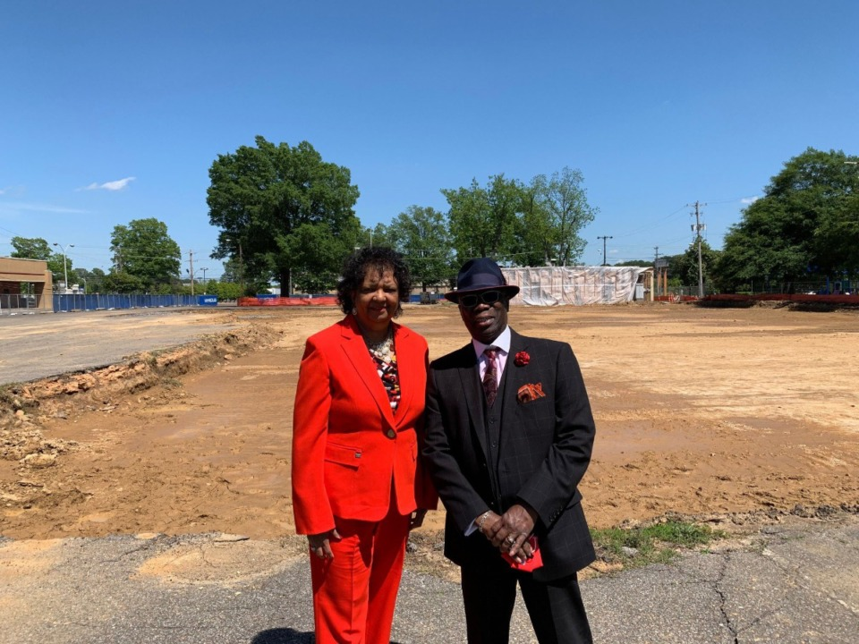 <strong>Georgette (left) and Cato Johnson stand in front of the new early childhood learning center as part of the forthcoming Whitehaven YMCA.</strong> (Omer Yusuf/Daily Memphian)