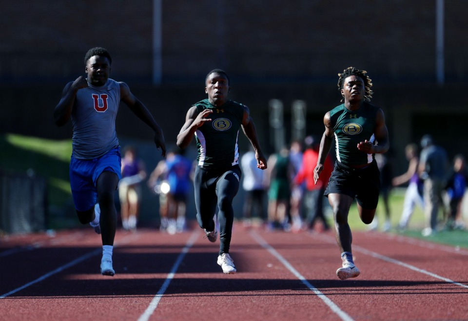 <strong>MUS' Tyler Perry, and Briarcrest's Brandon Poindexter and Norman Lippett compete in the Men's 100 meter dash at Memphis University School May 13, 2021.</strong> (Patrick Lantrip/Daily Memphian)