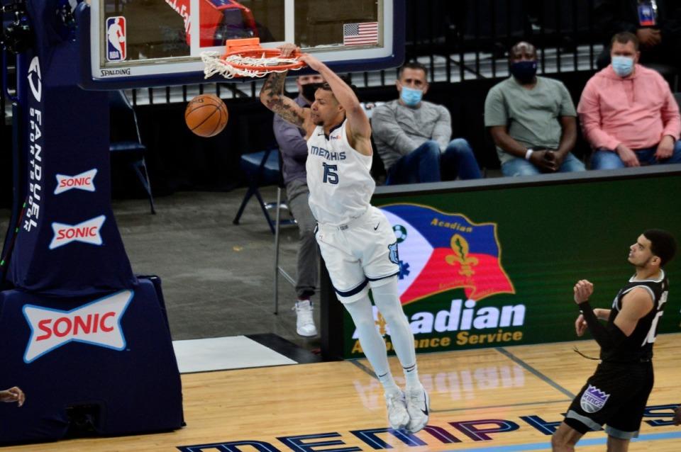 <strong>Memphis Grizzlies forward Brandon Clarke (15) dunks the ball in the second half of an NBA basketball game against the Sacramento Kings Thursday, May 13, 2021, at FedExForum.</strong> (Brandon Dill/AP)