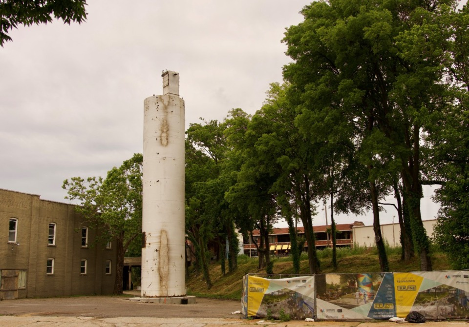 <strong>One of the two Wonder Bread flour silos recently erected in The Ravine. They are 60 feet tall and 12 feet in diameter. This one rises over what will be the Union Avenue plaza for food trucks and pop-up retail.</strong> (Tom Bailey/Daily Memphian)