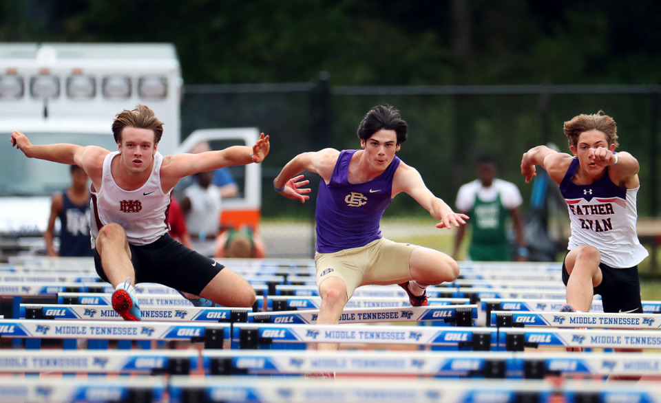 <strong>Christian Brothers High School's Ryan Grantham (center) competes in the 110-meter hurdles at the state championships in Murfreesboro, Tennessee May 26, 2021.</strong> (Patrick Lantrip/Daily Memphian)