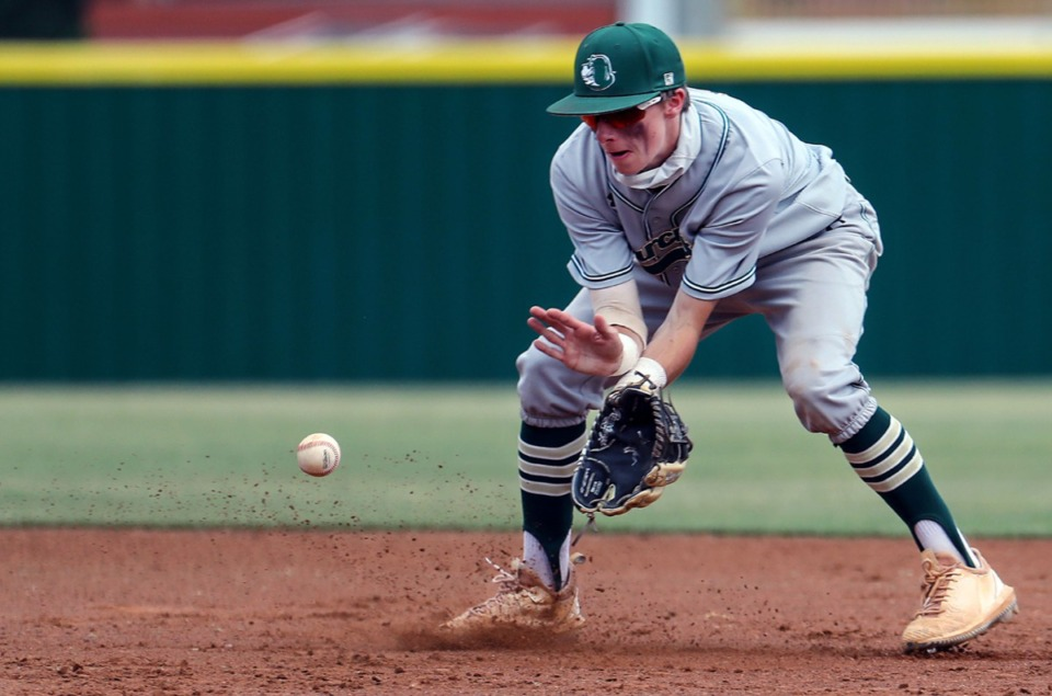 <strong>Briarcrest Christian School second baseman Mick Arney (9) fields the ball during the state championship game in Murfreesboro, Tennessee against Baylor High School May 27, 2021.</strong> (Patrick Lantrip/Daily Memphian)