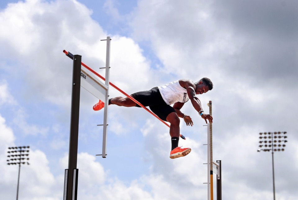 <strong>Bartlett High School's Robert Giamo competes in the men's pole vault at the state championships in Murfreesboro, Tennessee May 27, 2020.</strong> (Patrick Lantrip/Daily Memphian)