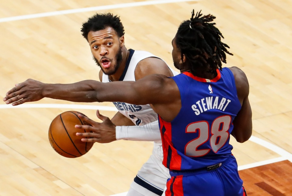 <strong>Memphis Grizzlies forward Xavier Tillman (left) drives to the basket against Detroit Pistons defender Isaiah Stewart (right) during action on Friday, Feb. 19, 2021.</strong> (Mark Weber/The Daily Memphian)