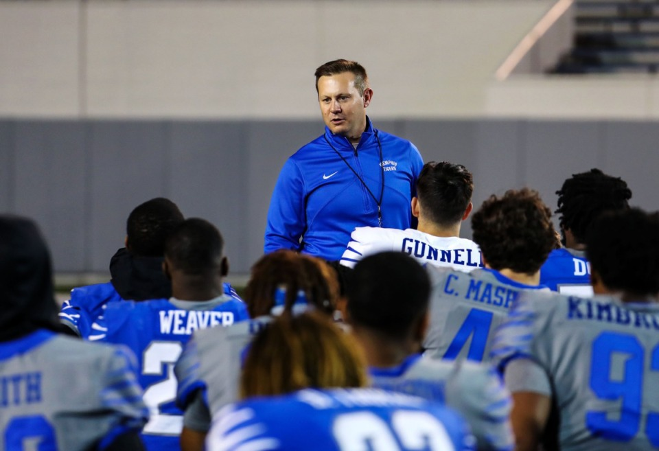 <strong>University of Memphis head coach Ryan Silverfield talks with his team after Friday Night Stripes at the Liberty Bowl Memorial Stadium on April 16.</strong> (Patrick Lantrip/Daily Memphian file)