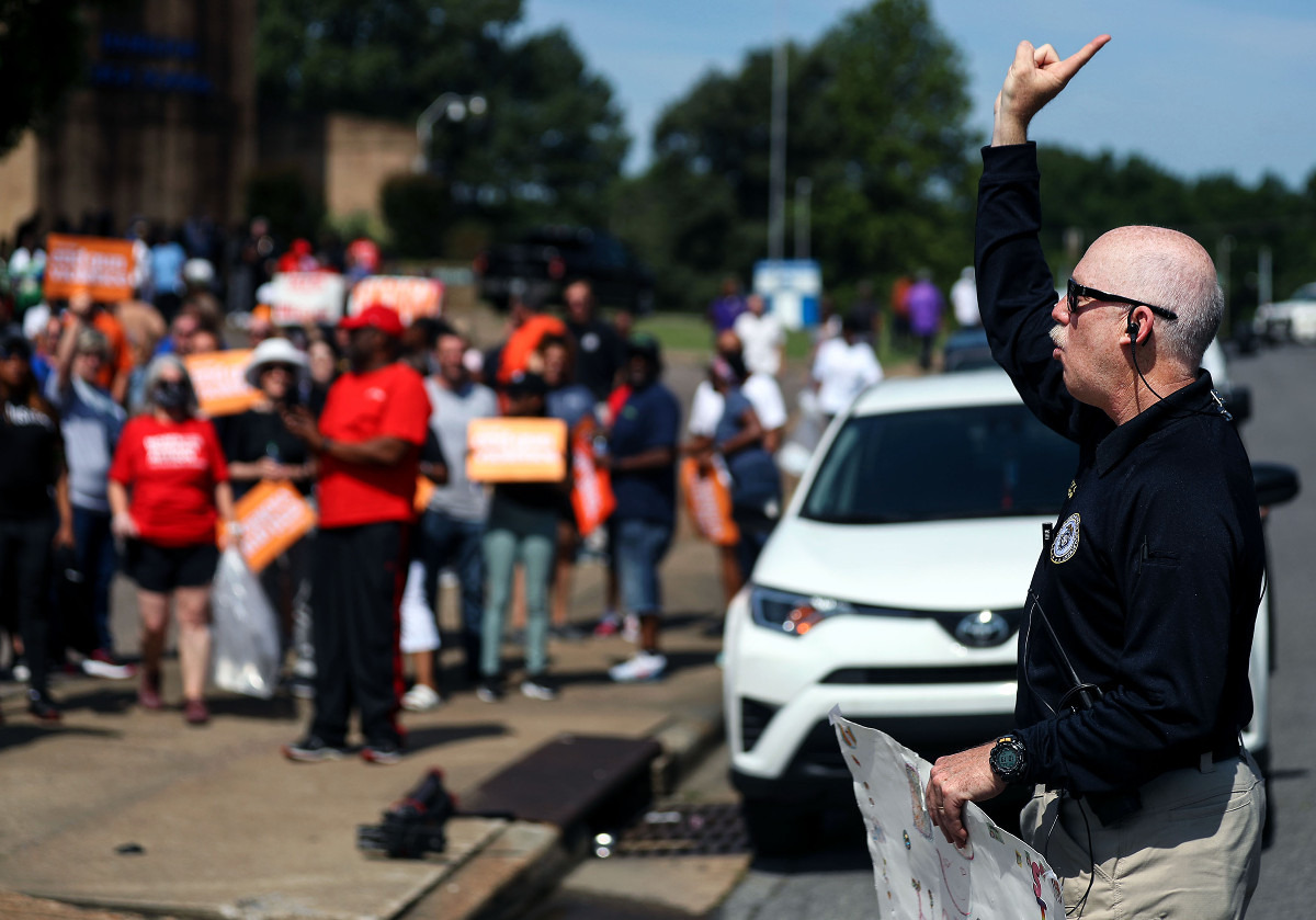 <strong>Memphis Police Department deputy chief Don Crowe counts down to the beginning of the fourth Unity Walk Against Gun Violence at Hamilton High School June 12, 2021.</strong> (Patrick Lantrip/Daily Memphian)