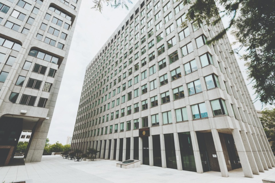 <strong>When Shelby County commissioners meet June 21 to take a final vote on a one-cent property tax hike, there will probably be a legal opinion from county attorneys.</strong> (Houston Cofield/Daily Memphian file)