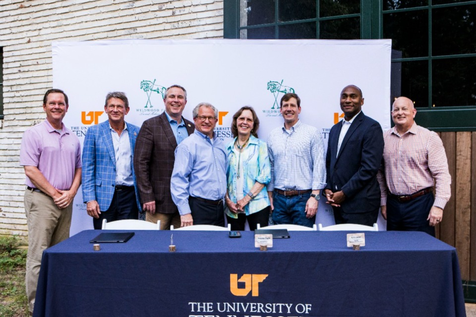 <strong>Dignitaries at the announcement of the partnership with UT Martin included&nbsp;(from left) Tennessee House Speaker Cameron Sexton; University of Tennessee President Randy Boyd;&nbsp;Germantown Mayor Mike Palazzolo; Rep. Mark White; Melanie Smith Taylor; Sen, Brian Kelsey; Shelby County Mayor Lee Harris, and Keith Carver, chancellor of University of Tennessee at Martin.</strong> (Steven Mantilla/UTM university relations)