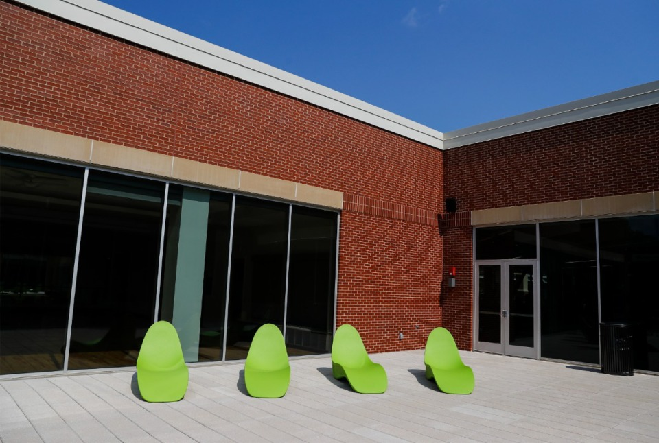 <strong>A sunning deck provides a place to visit with friends. &ldquo;We really tried to develop a facility that could be viewed as more of a central hub for student activity,&rdquo; said Richard Bloomer, dean of the College of Health Sciences at the U of M.</strong> (Mark Weber/Daily Memphian)