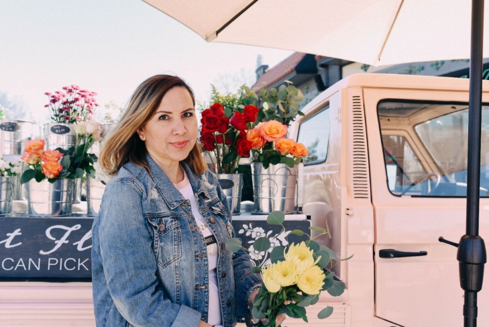 <strong>Flower truck businesswoman Miriam&nbsp;&lsquo;Mili&rsquo; Cordero plans to open a flower and gift shop at 569 N. McLean, across from Snowden School,&nbsp;early this fall.</strong>&nbsp;(Courtesy Yael M. Aguirre)