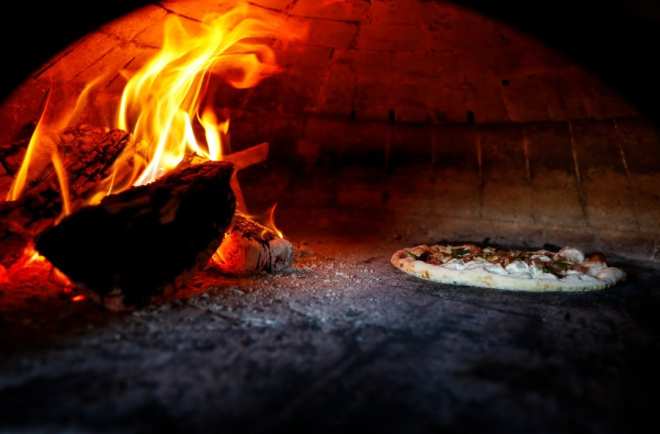 <strong>Trasimeno&rsquo;s Nonna pizza is prepared in a wood fire oven at Crosstown Concourse.</strong> (Mark Weber/The Daily Memphian)