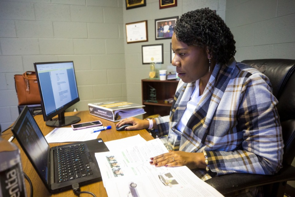 <strong>Teresa Landrum-Caswell,&nbsp;Caswell Driving School owner and instructor, teaches at driving school in Raleigh-Frayser area on Dec. 12, 2020.</strong> (Ziggy Mack/ Special to The Daily Memphian file)
