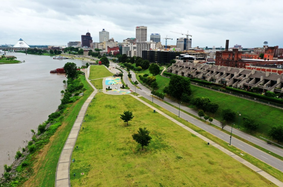 <strong>The view over Tom Lee Park looking north into Downtown Memphis June 8, 2020.</strong> (Patrick Lantrip/Daily Memphian)