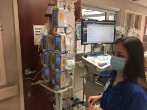 <strong>Nurses are busy in the COVID ICU at Baptist Hospital-Memphis.</strong> (Chris Herrington/Daily Memphian file)