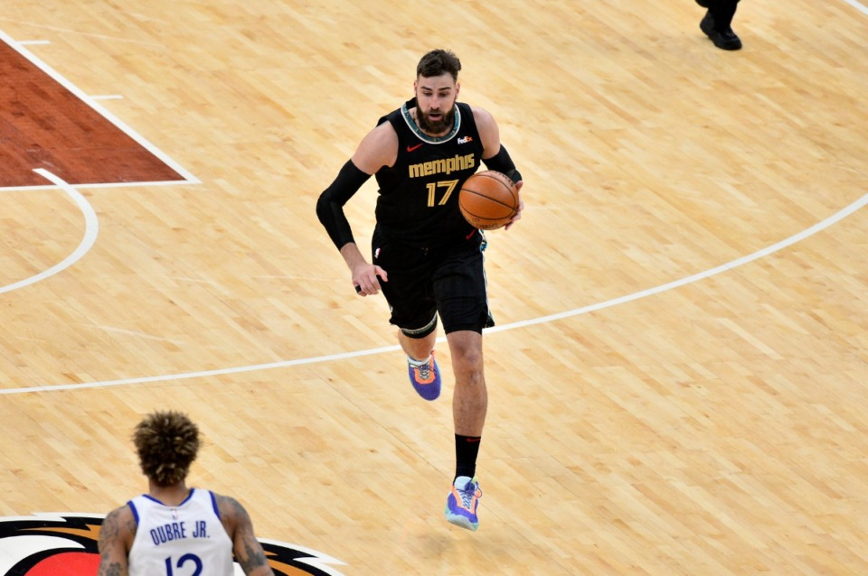 <strong>The Grizzlies traded popular center Jonas Valanciunas (17) to New Orleans. What is their plan?</strong> (Brandon Dill/AP file)