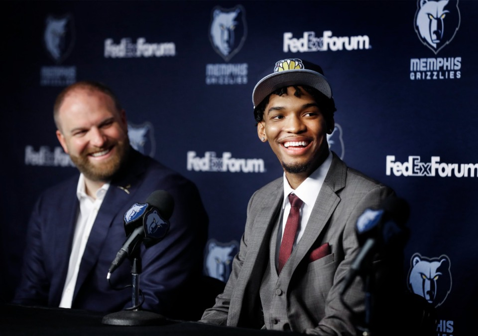 <strong>Memphis Grizzlies head coach Taylor Jenkins (left) looks on as Ziaire Williams, the No. 10 overall NBA draft pick is introduced on Friday, July 30, 2021 at The FedExForum.</strong> (Mark Weber/The Daily Memphian)