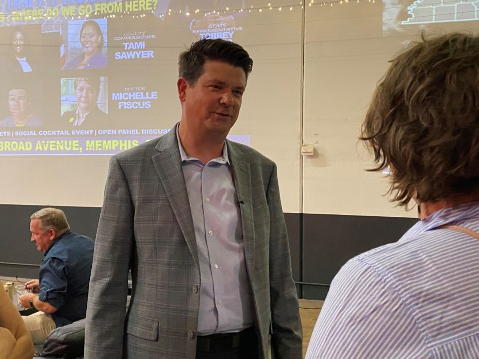<strong>Dr. Jason Martin, a Nashville captious  attraction   doctor, campaigned successful  Memphis this weekend. He is expected to formally participate  the Democratic superior   for politician  aboriginal    this month.</strong> (Bill Dries/Daily Memphian)