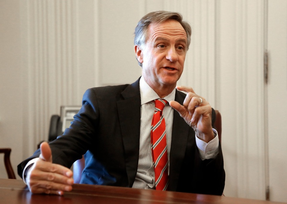 <strong>In this Tuesday, Dec. 18, 2018, record  photo, outgoing Tennessee Gov. Bill Haslam answers questions during an interrogation  successful  Nashville.</strong> (AP Photo/Mark Humphrey)