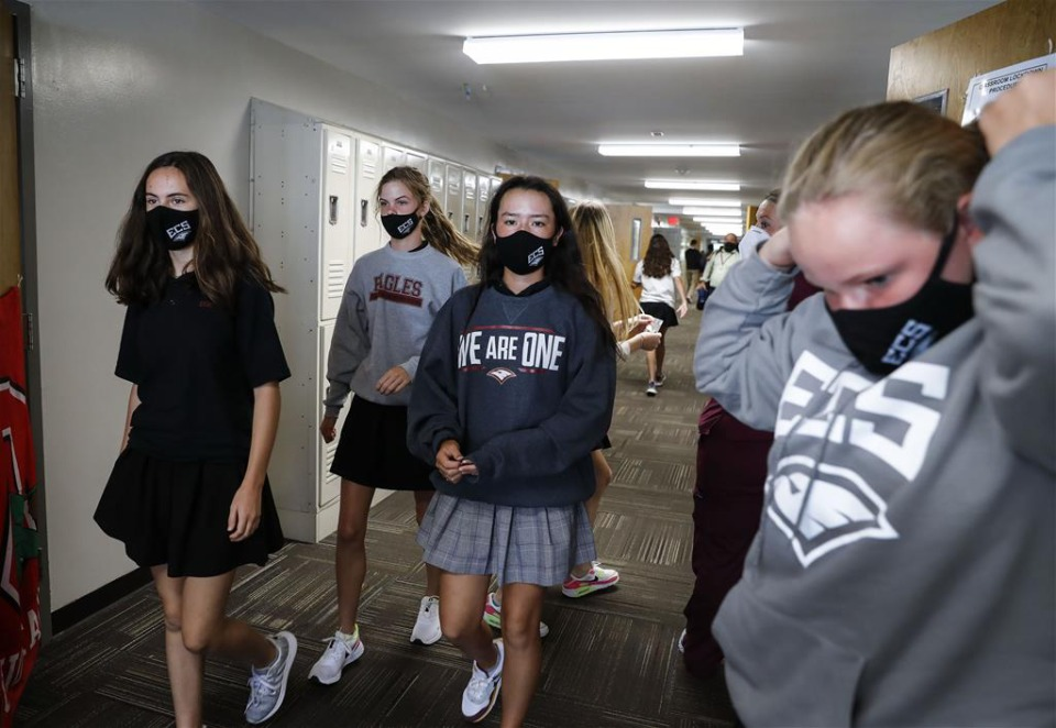<strong>Evangelical Christian School eighth-grade students wear their facemasks while heading to a recess period on Thursday, Oct. 10, 2020. </strong>(Mark Weber/The Daily Memphian)
