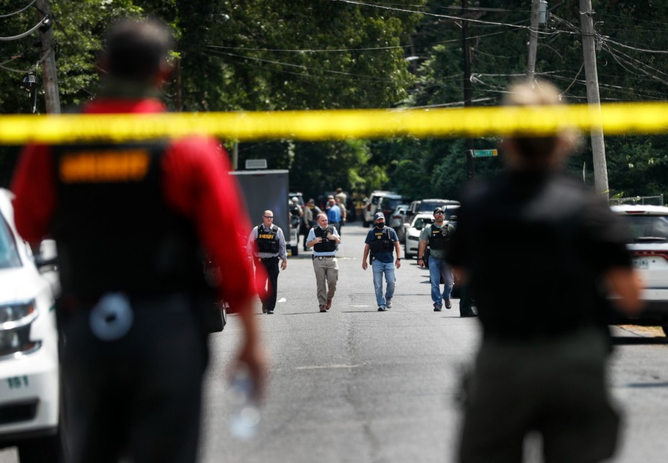 <strong>Shelby County Sheriff&rsquo;s Deputies stand near the scene.</strong> (Mark Weber/The Daily Memphian)