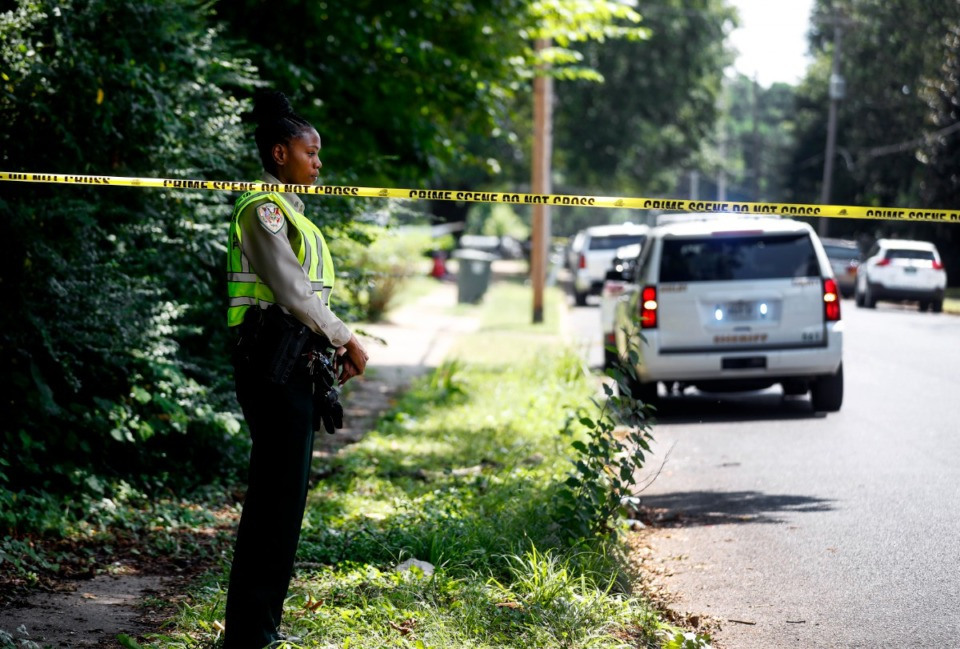 <strong>A Shelby County Sheriff&rsquo;s Deputy stands near the scene.</strong> (Mark Weber/The Daily Memphian)