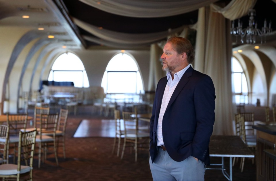 <strong>The wood-paneled&nbsp;event space, which&nbsp;for years housed the private Summit Club, then the Tower Room restaurant, is now operated by a catering company for private events.&nbsp;The new owners want to reestablish daily lunches and happy hours and/or evening dinners for Clark Tower tenants.</strong> (Patrick Lantrip/Daily Memphian)