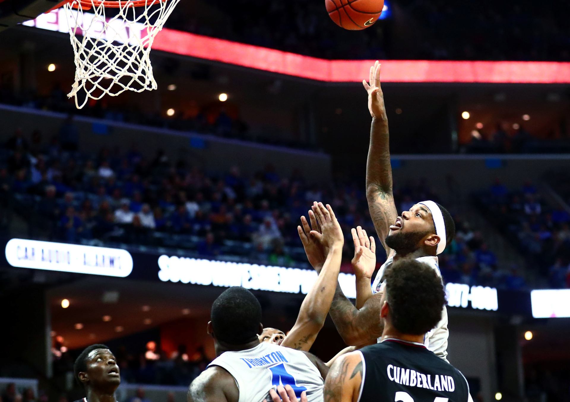 <strong>Memphis Tigers senior forward Mike Parks Jr. (10) pulls up for a shot during a game against the Cincinnati Bearcats on Thursday, Feb. 7, 2019. Parks had one of his best performances of the season but missed two free throws.</strong> (Houston Cofield/Daily Memphian)