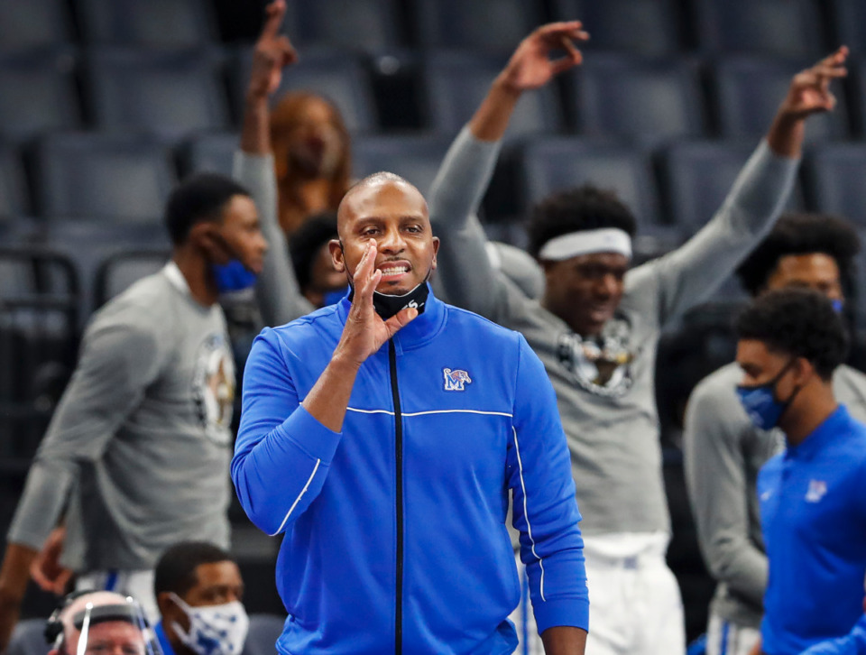 <strong>Penny Hardaway and the Memphis Tigers are a finalist for 2022 five-star forward Chris Livingston.</strong> (Mark Weber/The Daily Memphian file)