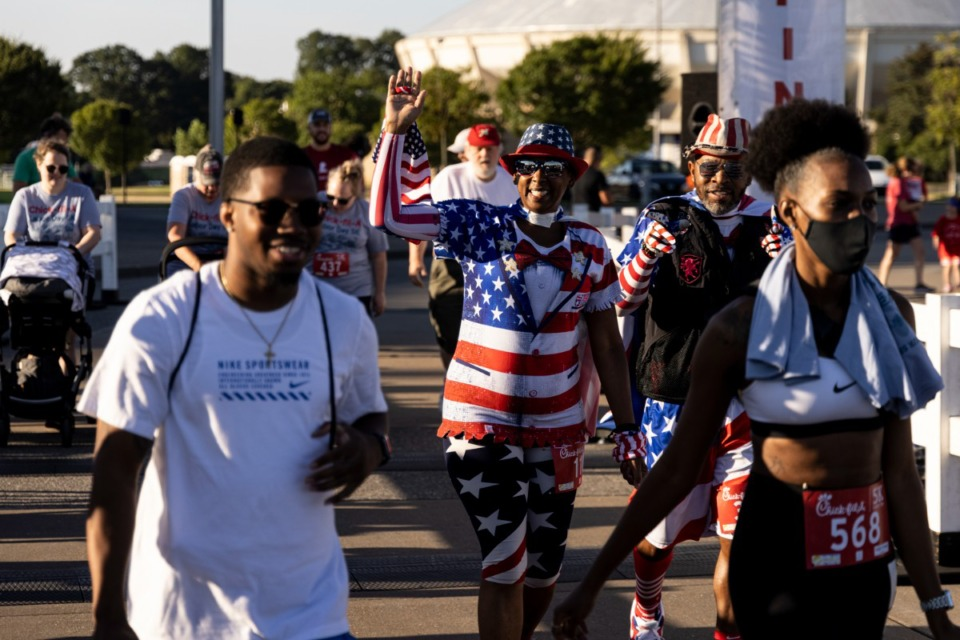 <strong>Participants start the 18th Annual Chick-fil-A 5K benefitting My Town Miracles at Tiger Lane on Sept. 6, 2021.</strong>&nbsp;(Brad Vest/Special to The Daily Memphian)