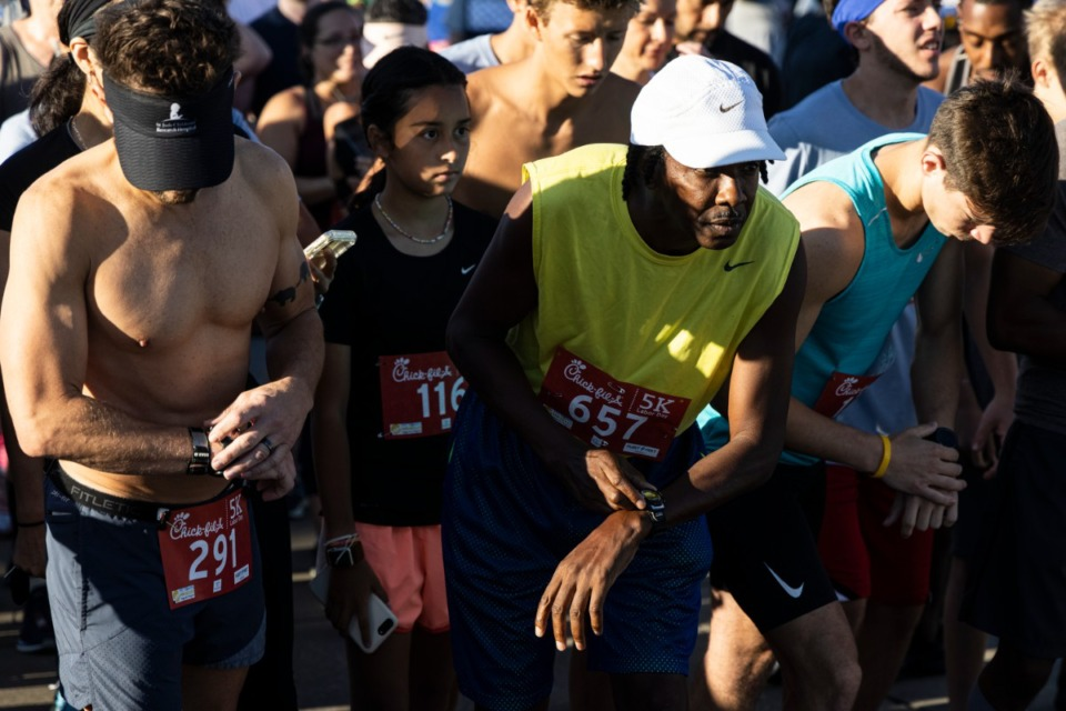 <strong>About 800 runners gathered at Tiger Lane on Labor Day morning for the annual&nbsp;Chick-fil-A 5K.</strong>&nbsp;(Brad Vest/Special to The Daily Memphian)&nbsp;