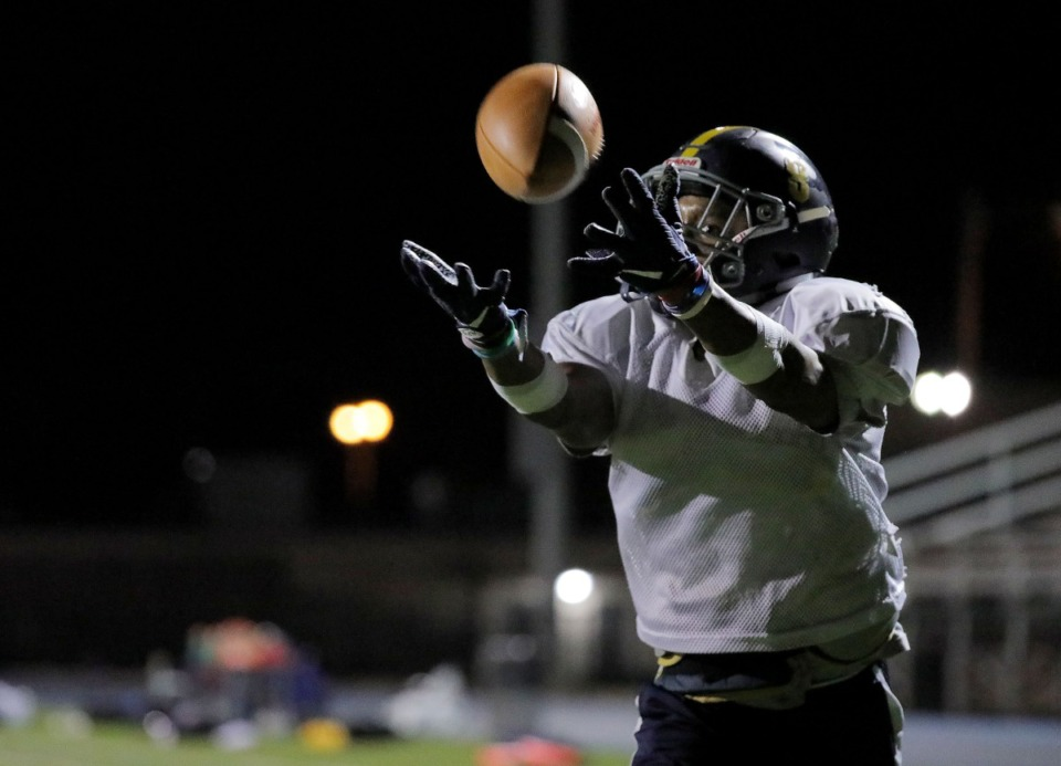 <strong>Lausanne Collegiate School running back Craig Cunningham (8) catches a pass during a Nov. 20, 2019 practice at Harding Academy in East Memphis.</strong> (Patrick Lantrip/Daily Memphian)