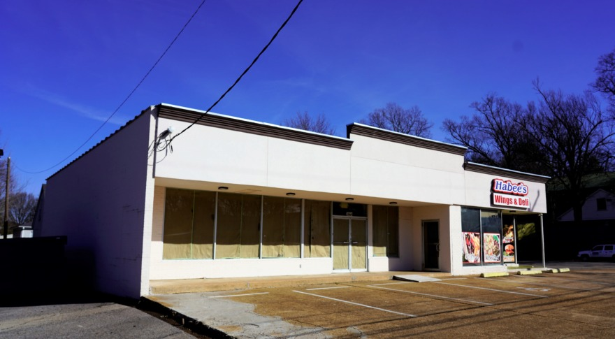 <strong>Mempops purchased this building at 3664 Summer and is renovating the vacant side to use as its production kitchen.</strong> (Tom Bailey/Daily Memphian)
